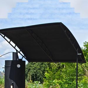 Мангал с крышей для защиты от дождя и солнца